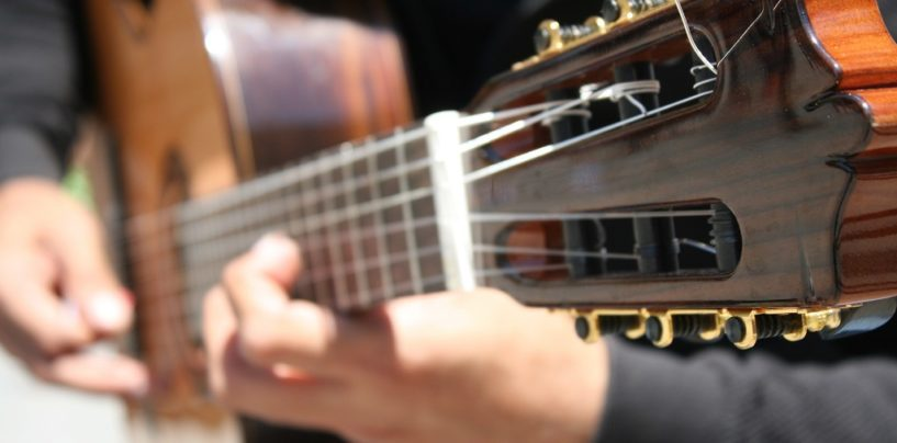 Tips to Play Guitar Faster
